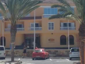 Casa adosada en calle Tarajalejo, nº 2