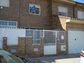 Casa adosada en calle Seseña Nuevo