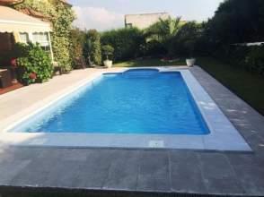 Casas y chalets con piscina en oviedo asturias en venta for Piscinas oviedo