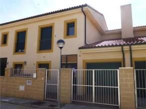 Casa adosada en calle Corralon, Chalet Adosado de Entidad Bancaria