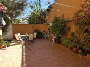 Casa pareada en Churriana de La Vega