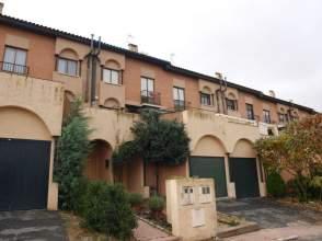 Casa adosada en Puente Adaja