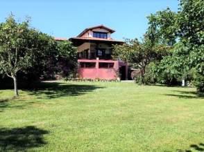 Casa en calle San Vicente, Bezana, Zona de - Santa Cruz de Bezan, nº 42