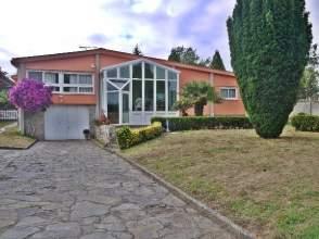 Casa en Chalet Planta Baja en Santa Cruz Centro