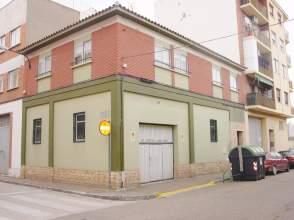 Piso en calle Esquedas