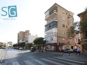 Piso en calle Argentina