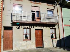Casa adosada en calle La Llanilla, nº 57