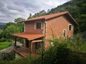 Casa unifamiliar en Urbanización Angustina, nº 188