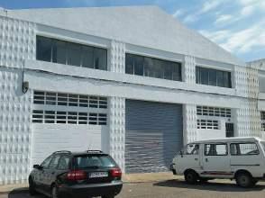 Nave industrial en calle Llobregat
