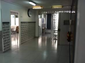 Almacenes en instituts ponent granollers en venta for Oficina correos granollers
