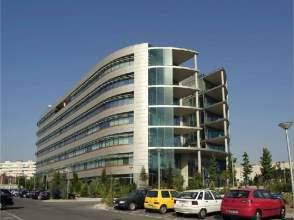 Locales y oficinas de alquiler en valdebebas valdefuentes for Oficinas inem madrid capital