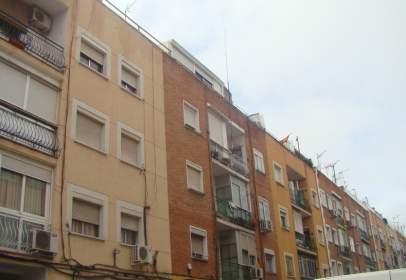 Piso en calle Ramón Serrano