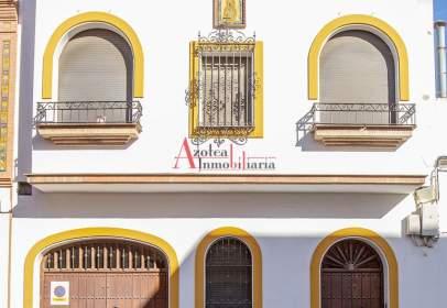 Casa adosada en calle Fernández de Guadalupe
