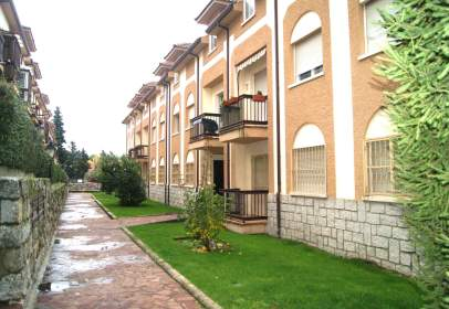 Ático en calle Cortes, nº 1