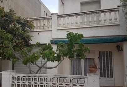 Casa en Pasaje Avenida Montgó-81