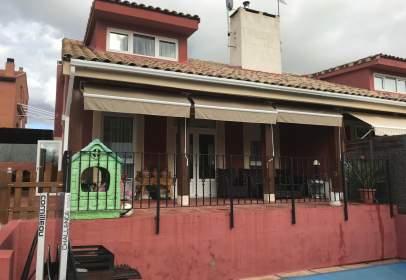 Casa pareada en El Casar