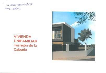 Casa en Torrejón de La Calzada