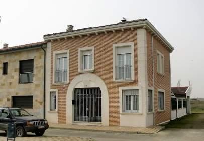 Casa adosada en Avenida Avenida Portazgo, nº 15