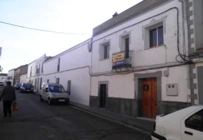 Casa pareada en calle San Blas, nº 2