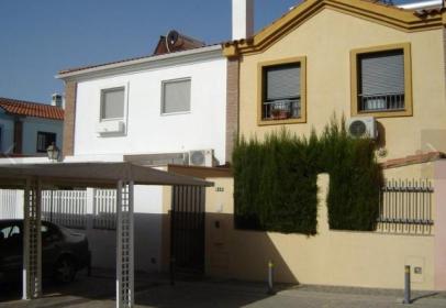 Casa adosada en calle Torre de Benagalbón