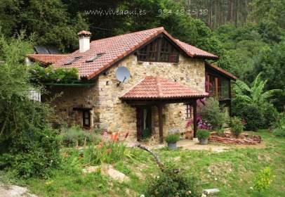 Casa en Oriente - Peñamellera Alta