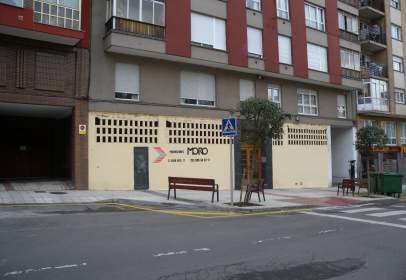 Local comercial en calle Jose Manuel Pedregal