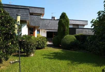 Casa adosada en Laukariz