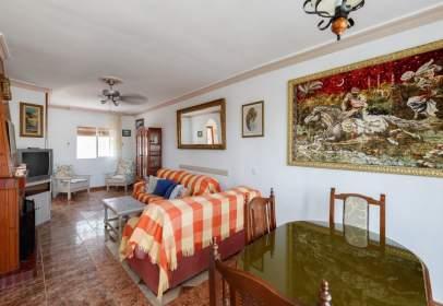 Casa pareada en calle Cerro Marino, nº 18