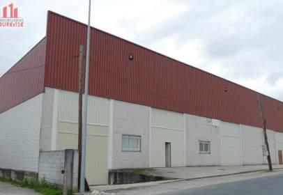Nave industrial en Seixalbo-Monte-Ceboliño-Velle