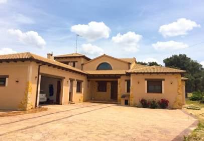 Casa unifamiliar en Mozoncillo