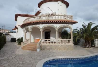 Casa unifamiliar en Avenida Principes de España
