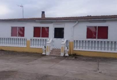 Casa unifamiliar en Urbanización Alarilla