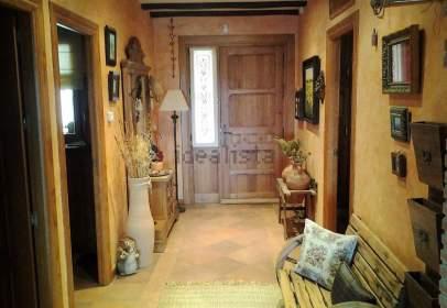Casa adosada en calle Garcia Morato, nº 4