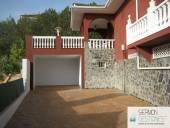 Chalet en venta en Montequinto, Montequinto-El Colmenar (Dos Hermanas) por 575.000 €