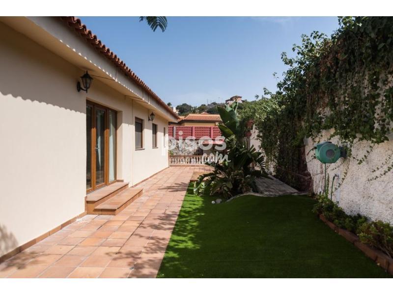 Casa en venta en carretera de los hoyos en vegueta cono - Casas en tafira ...