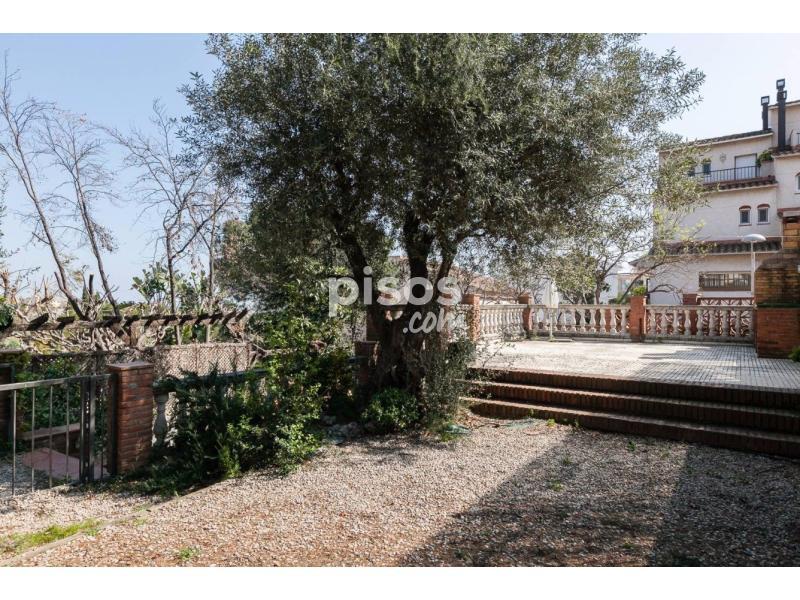 Casa adosada en venta en calle onze de setembre en tiana - Obra nueva tiana ...