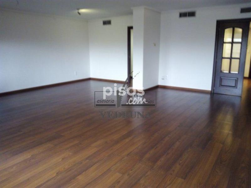 Piso en venta en calle residencial paraiso zaragoza en for Piso zaragoza centro