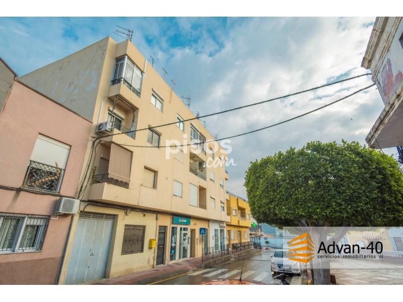Piso en alquiler en plaza constituci n en rioja por 300 mes for Alquiler pisos por meses
