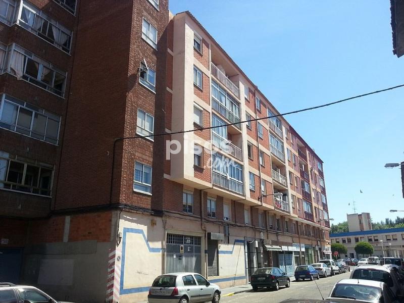 Piso en venta en calle ebro n 13 en las delicias por 36 for Pisos en delicias madrid