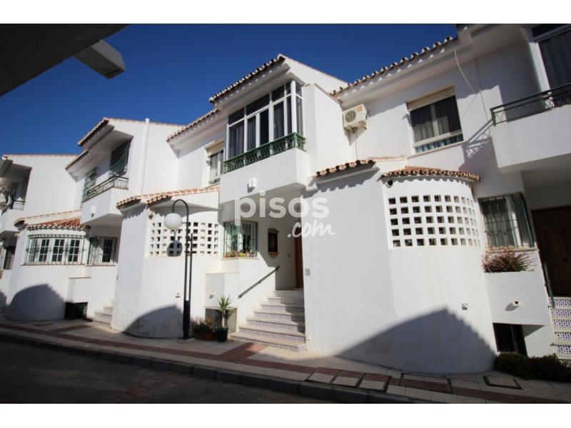 Casa adosada en venta en re idero barrio del pilar en - Pisos en barrio del pilar ...