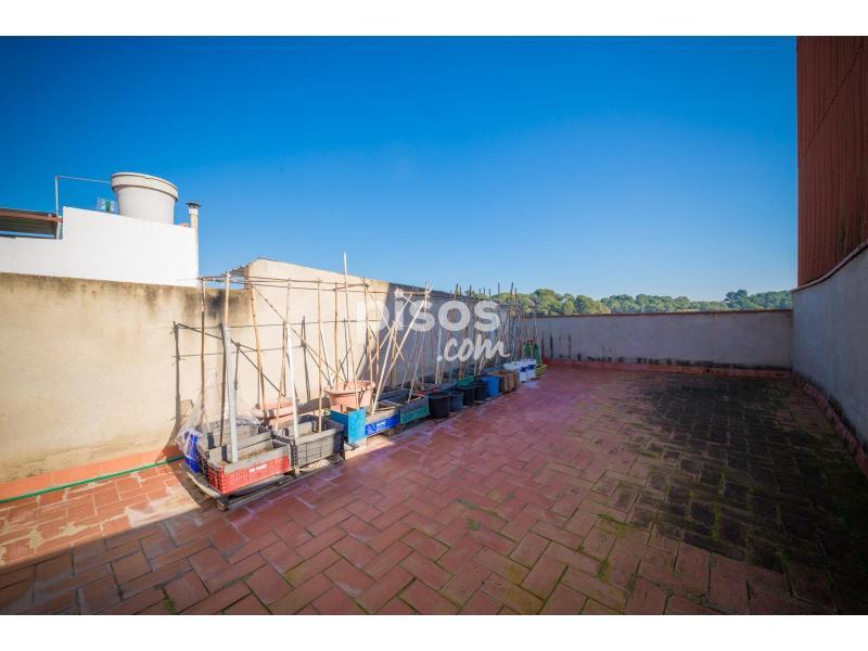 Casa en venta en situada en el barrio de poblenou en el for Don piso sabadell