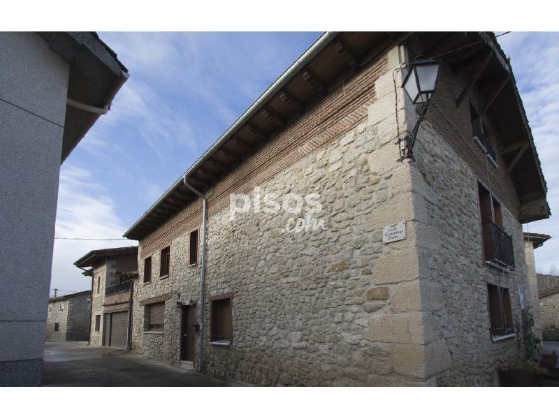 Casa unifamiliar en venta en Treviño