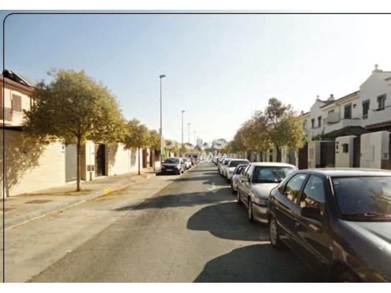Casa adosada en venta en zona norte jerez en norte por 165 for Pisos jerez norte