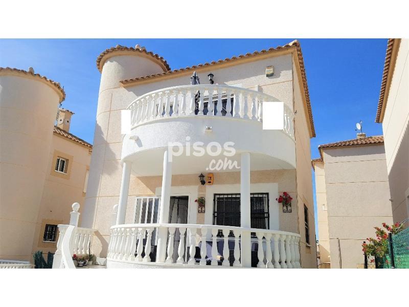 Casa adosada en venta en calle los altos en cabo roig la zenia la regia por - Casas en la zenia ...