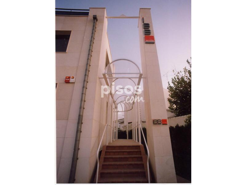 Oficina en alquiler en avenida plus ultra n 2 en la for Pisos para alquilar en sevilla particulares