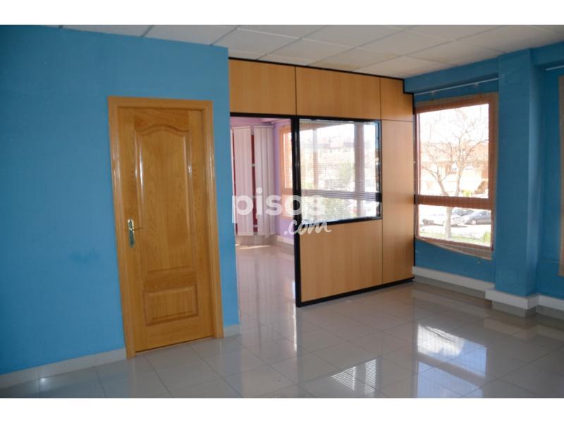 Oficina en alquiler en calle zaragoza n 22 en el val por for Oficina alquiler zaragoza