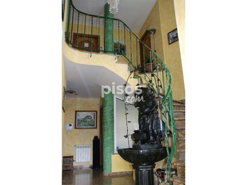 Casa unifamiliar en venta en calle 11111111 n 111 en - Pisos en alquiler olesa de montserrat ...