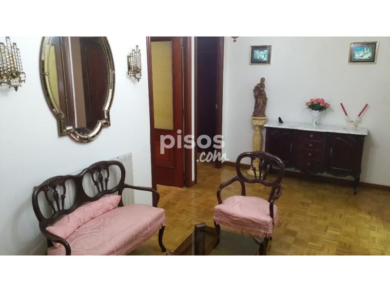 Piso en alquiler en calle monasterio de moraime n 8 en for Alquiler pisos por meses
