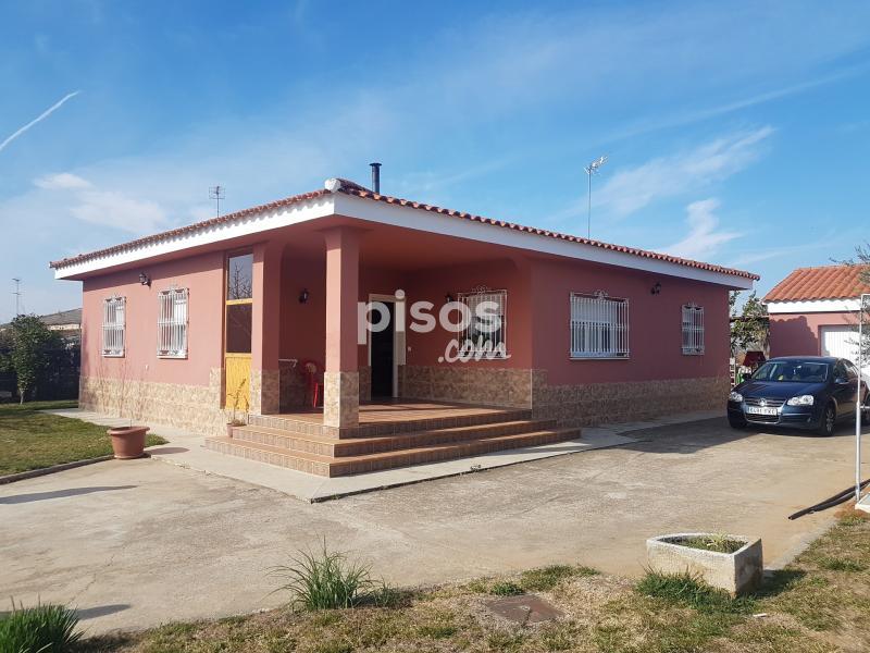 Casa pareada en alquiler en la picuri a san roque ronda for Pisos alquiler san roque