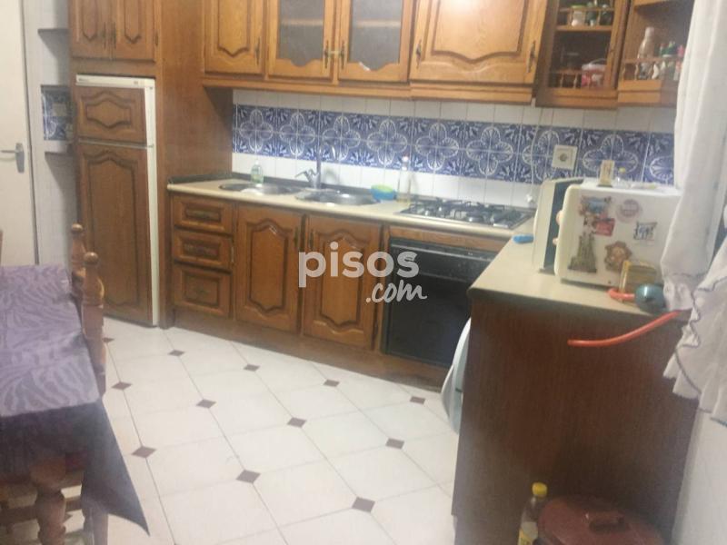Piso en venta en zona centro en centro por for Pisos en almeria capital